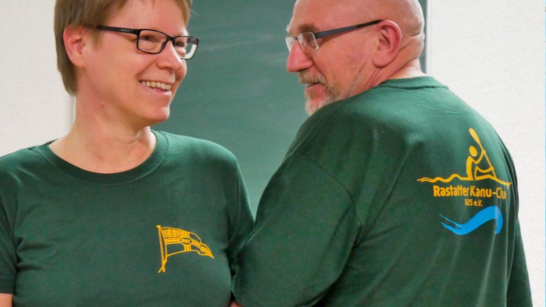 Bild mit 2 Tshirts